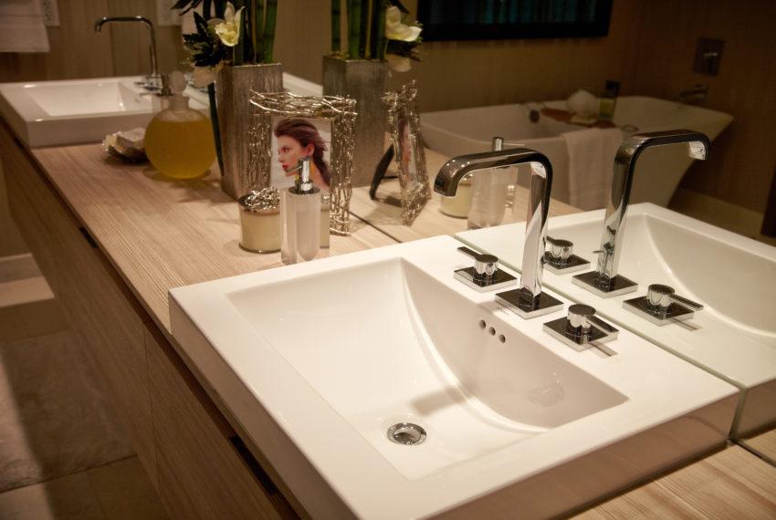 MP Bathroom Sink Horizontal