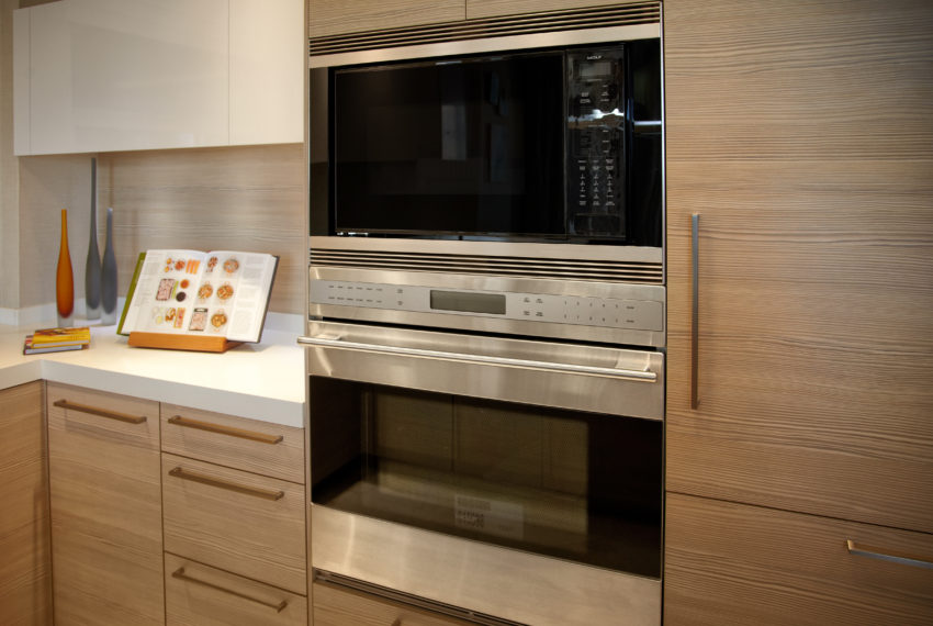 MP Kitchen Oven Detail