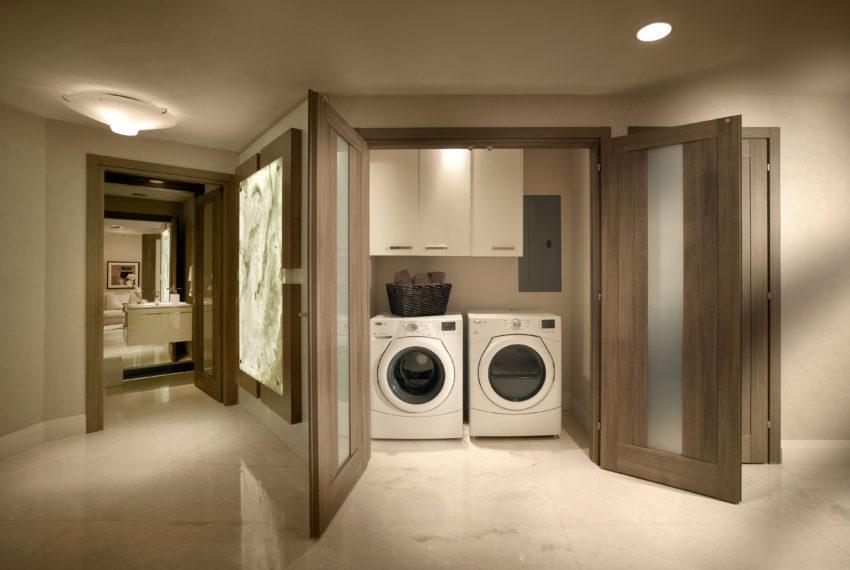 Marina-Palms-Laundry-open